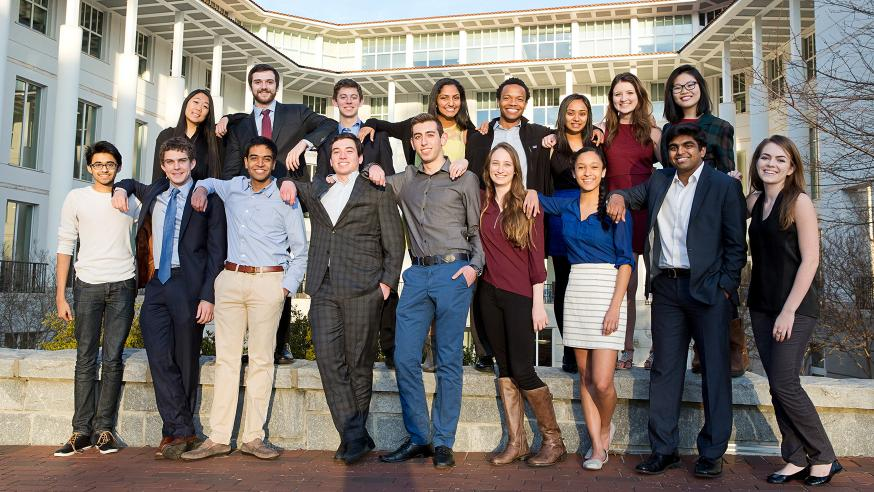 group shot of goizueta scholars